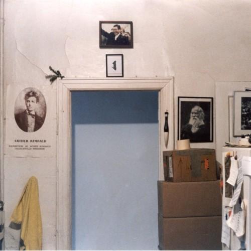 kitchen_hallway.jpg